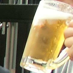 生ビールを飲みつくす
