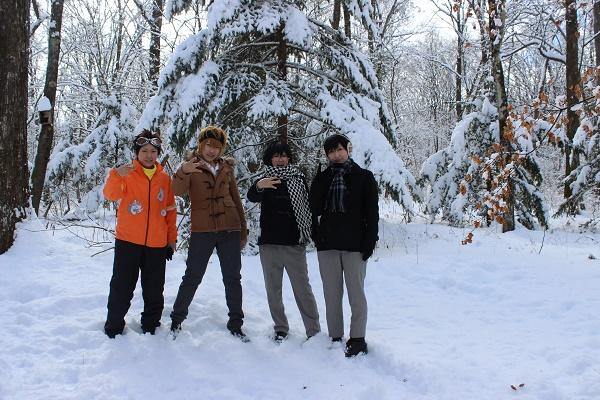 雪の浅間高原でコスプレ