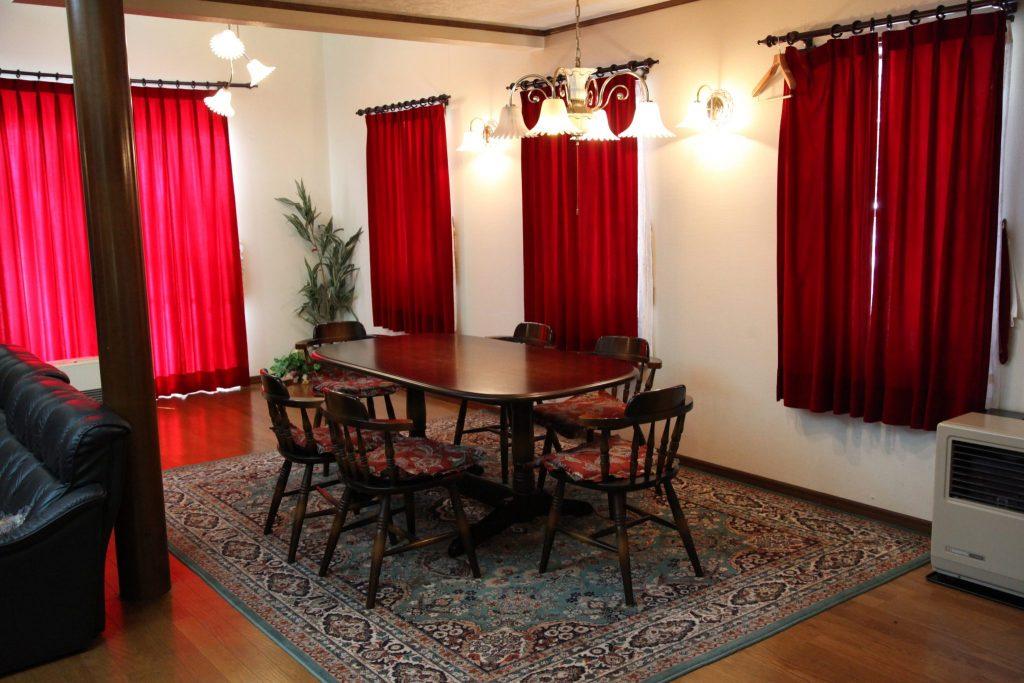 翠苑のテーブル