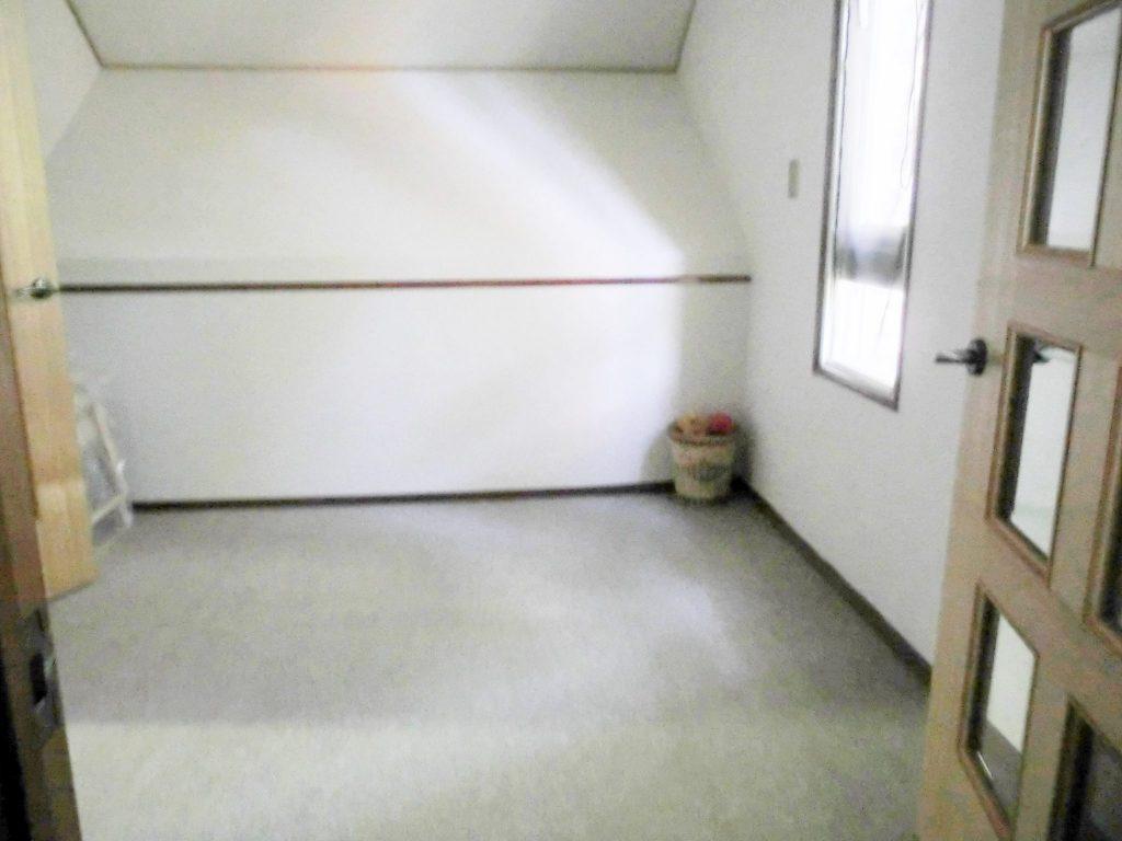 ロイヤルスィート「オーロラ」の2階寝室