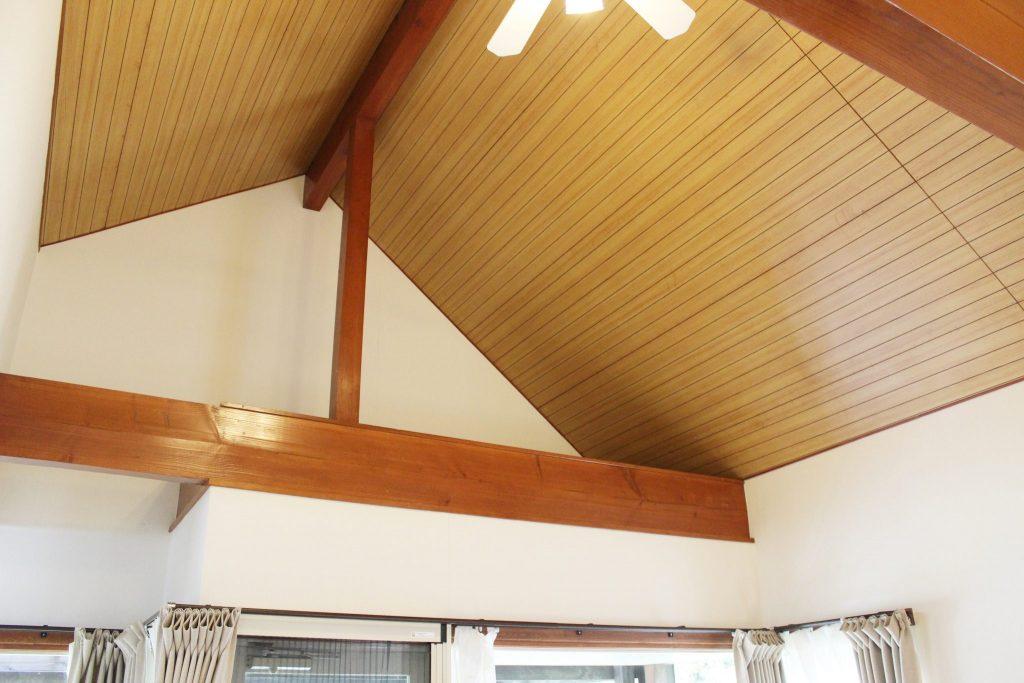 レンタルコテージのオーロラの天井