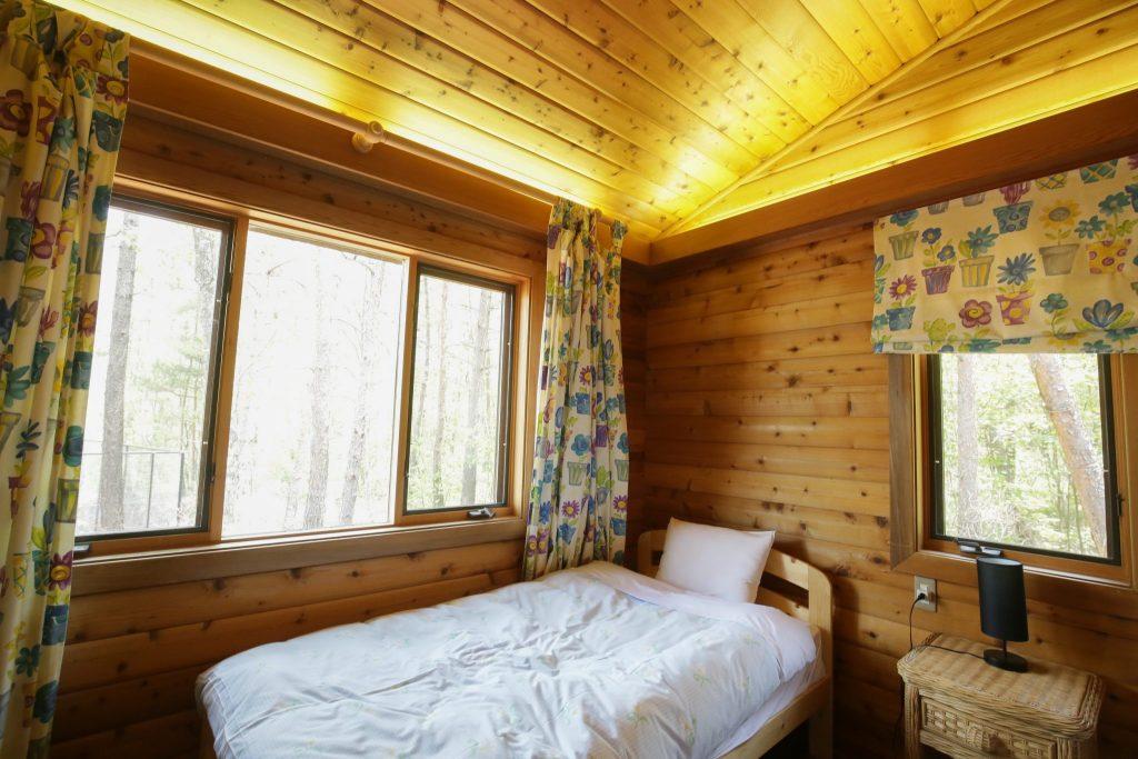 カールの東側ベッドルーム