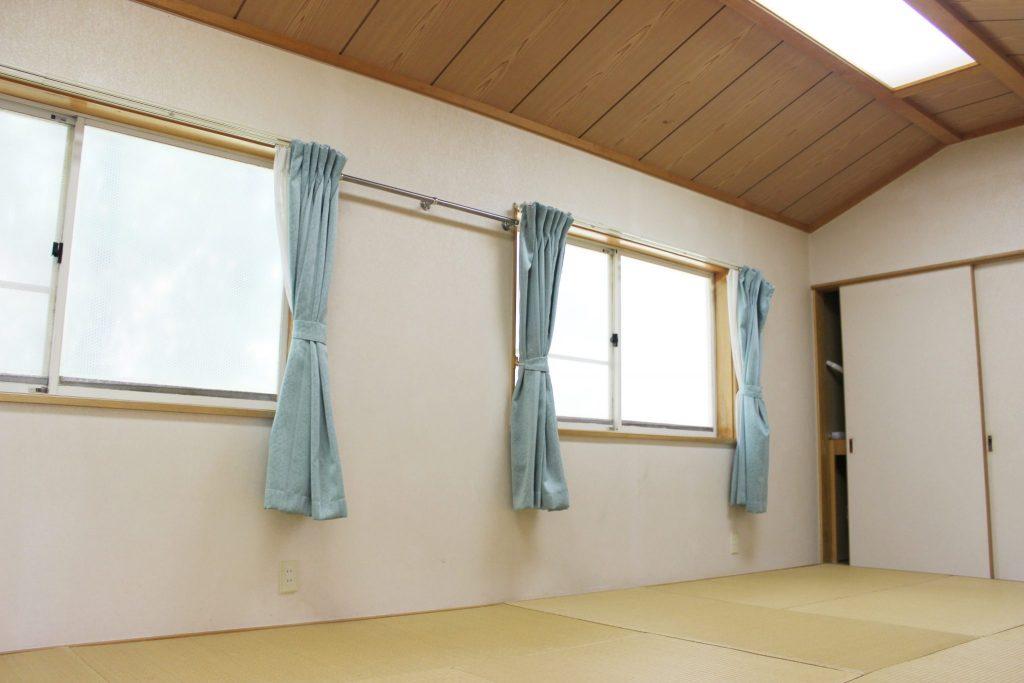 ロイヤル「エクセル」の1階和寝室