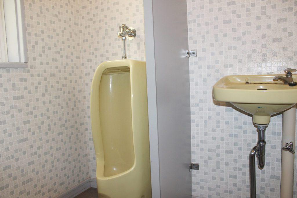 エクセルの男子用トイレ