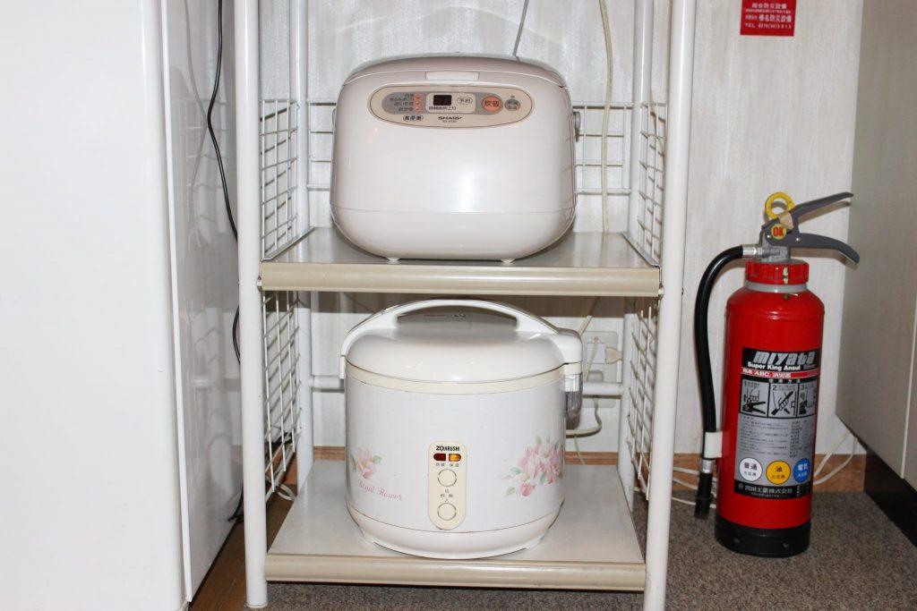 しおん星のキッチンの炊飯ジャー2台