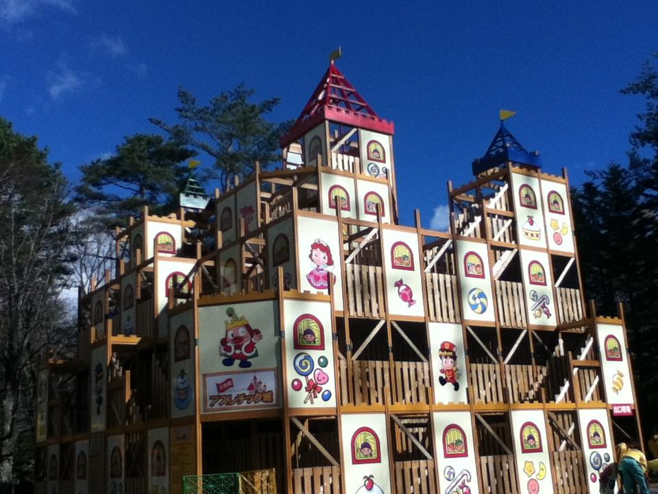 軽井沢おもちゃ王国のアスレチック城