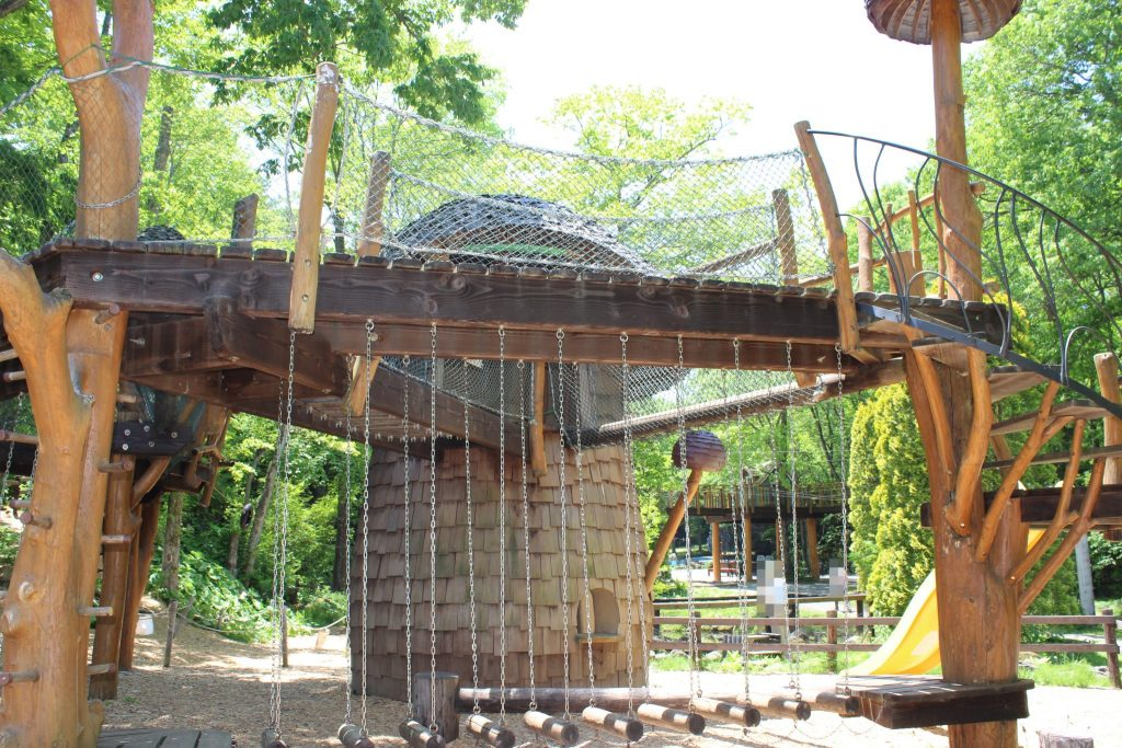 軽井沢おもちゃ王国のワクワク大冒険の森きのこハウス