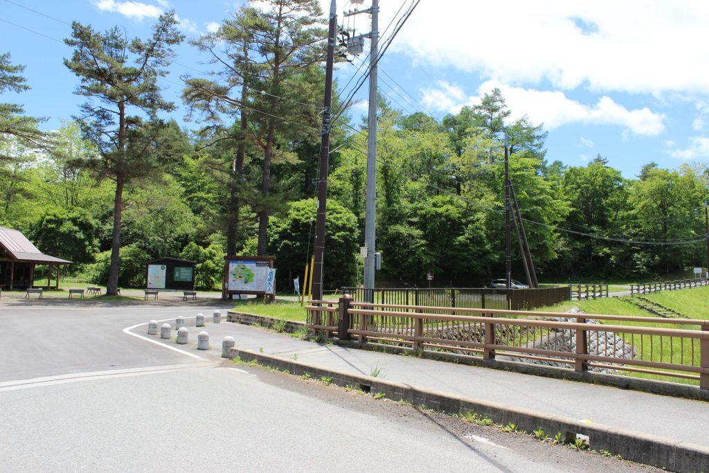 浅間牧場茶屋周辺道路