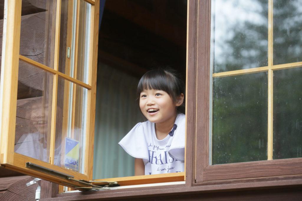 グレースの窓から自然を楽しむ