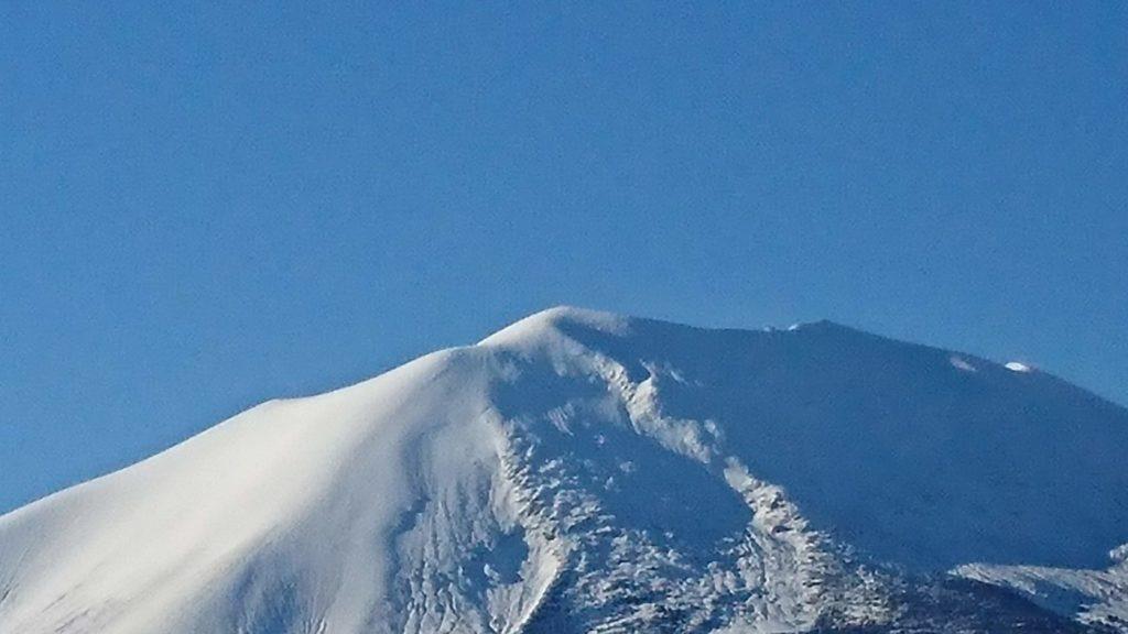 2018年12月13日の浅間山の雪景色