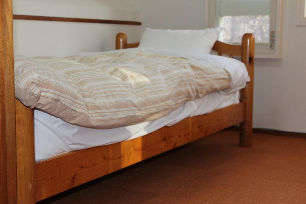 オーロラの2階ベッド1台