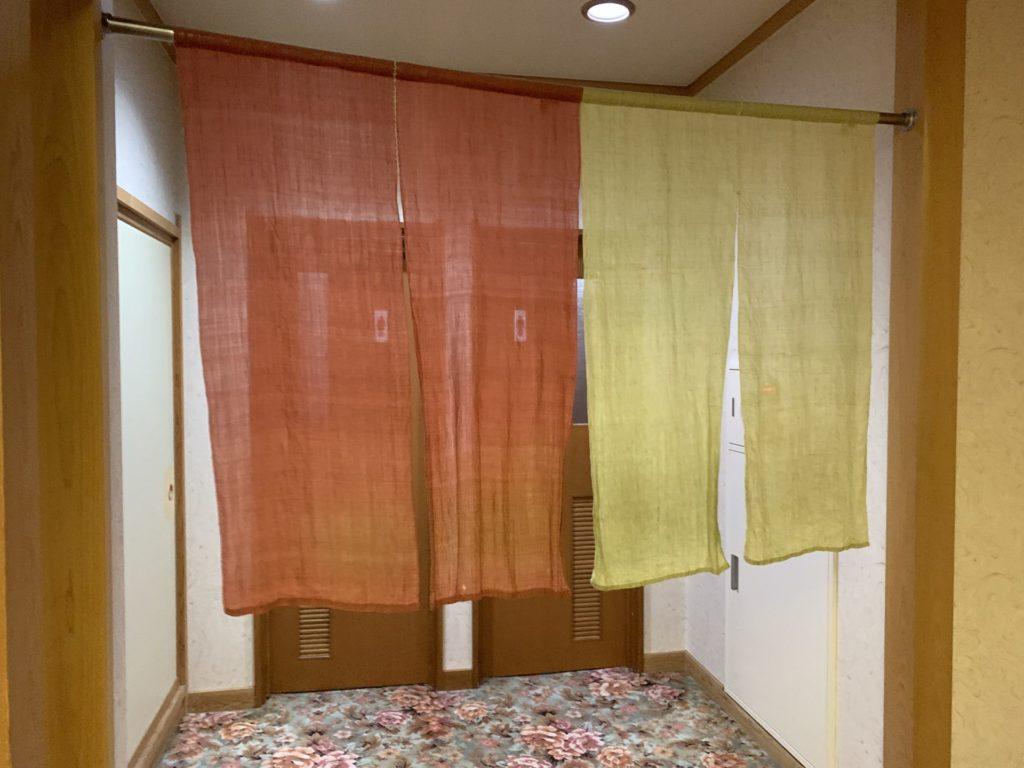 嬬恋高原温泉「つつじの湯」トイレ入口