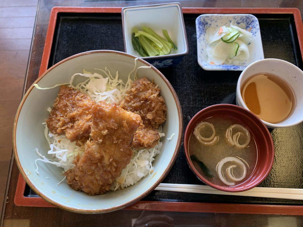 嬬恋高原温泉「つつじの湯」お食事メニュー「ソースかつ丼」