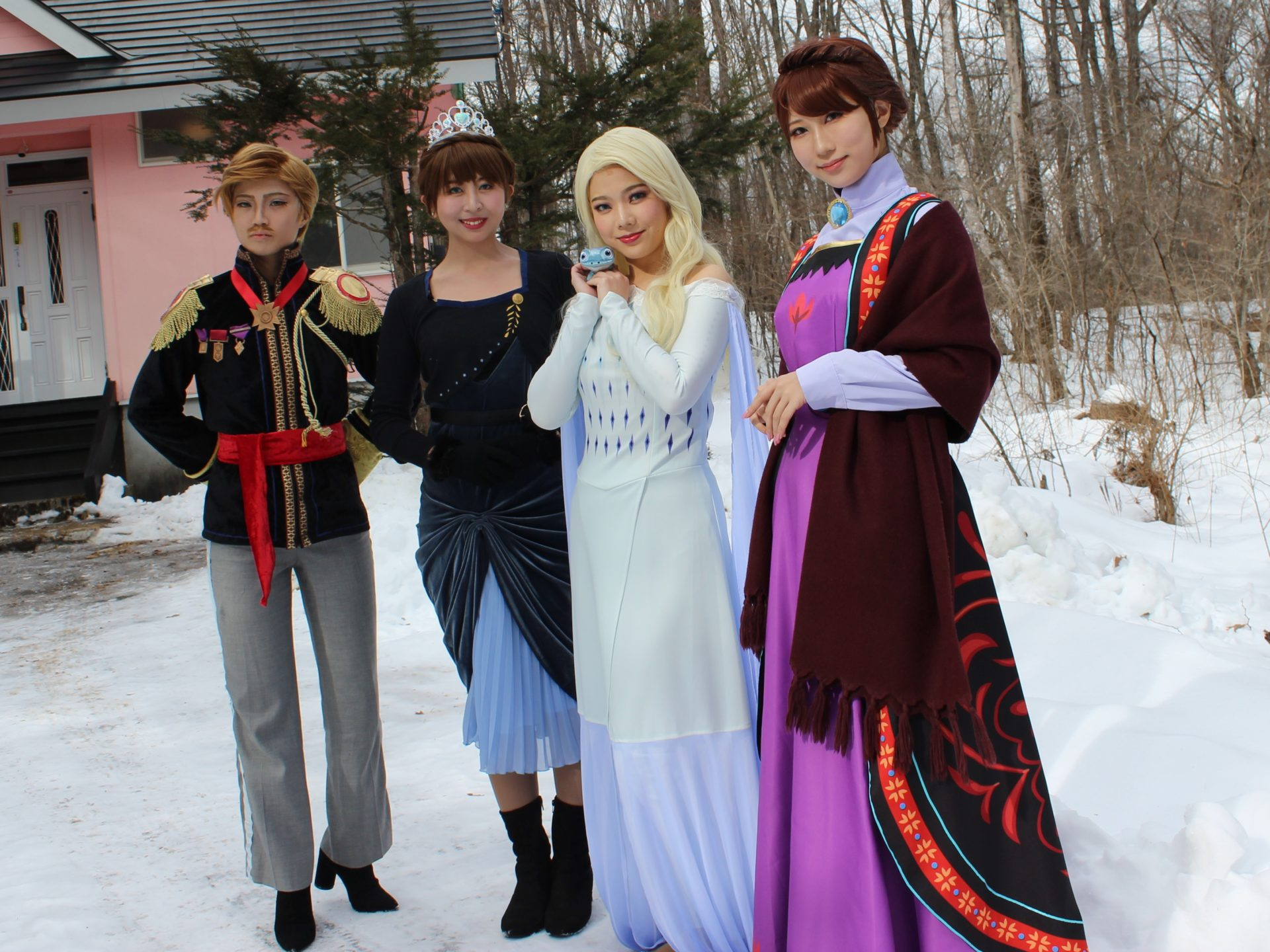 アナと雪の女王2020年2月7日コスプレ撮影貸別荘ルネス軽井沢のコテージ「エクセル」