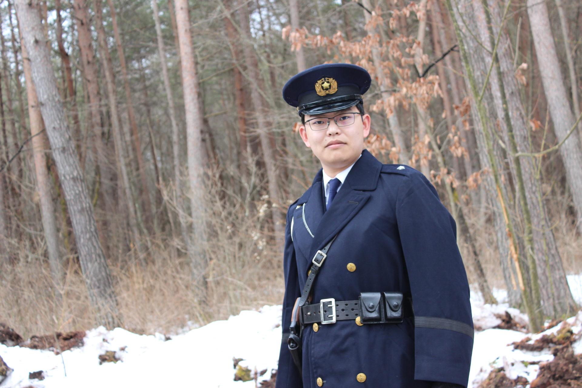 2月22日ルネス軽井沢のカール旧型日本国警察官制服(昭和21年~平成6年まで使用)のコスプレイヤーさん