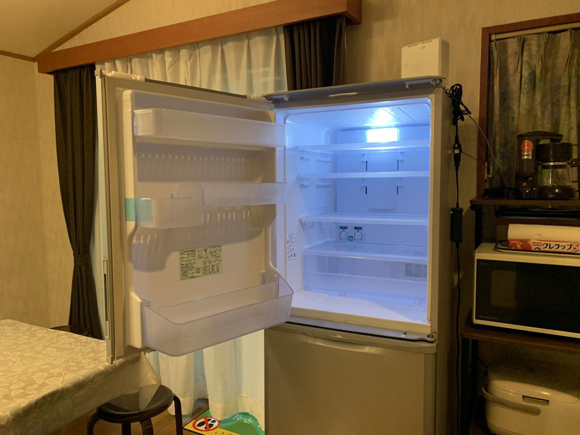 ルネス軽井沢のしおん星キッチンに両開き冷蔵庫入れました