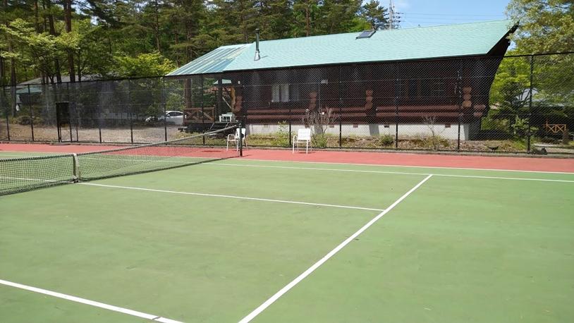 貸別荘「ルネス軽井沢」テニスコート